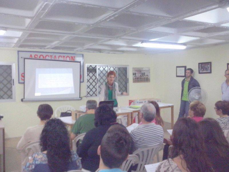 FISS Jaén encargado de la renovación del Carné de Manipulador en el mercado de San Francisco